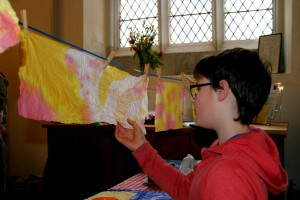 Messy Church 034 27)_preview